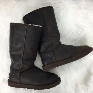 Ugg Leather Classic Brown Boots Size 6